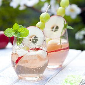 Apfel-Weißwein-Bowle